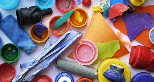 Destruction: Plastic Crack
